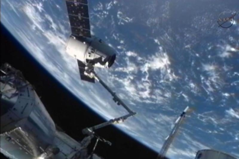 Į Mėnulį kosmoso turistai skris sovietiniais kosminiais laivais
