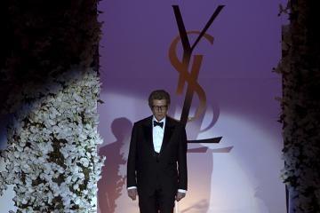 Mirė mados legenda Yvesas Saint Laurentas