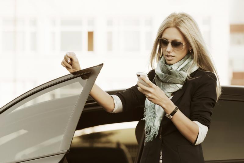 Automobilių nuomos programėlė - jau ir išmaniesiems telefonams