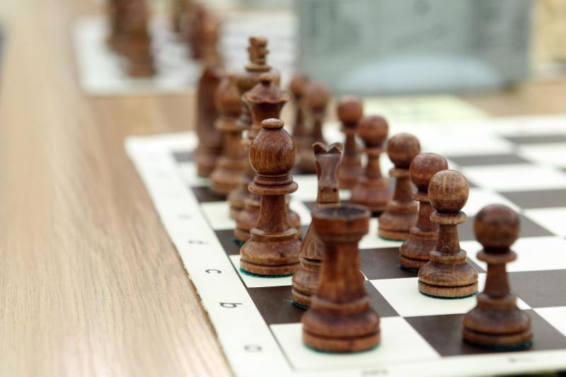 Europos senjorų šachmatų čempionate A.Butnorius - antroje pozicijoje