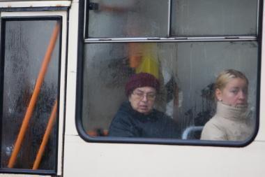 Troleibusų keleivių šiemet Vilniuje ir Kaune sumažėjo penktadaliu