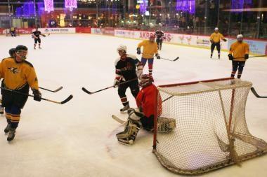 Vakarų Lietuvos ledo ritulio čempionatas baigėsi muštynėmis