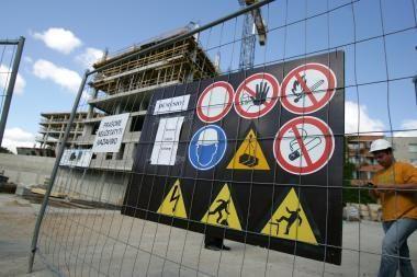 Spalį penkios Kauno įmonės atleido apie 200 žmonių