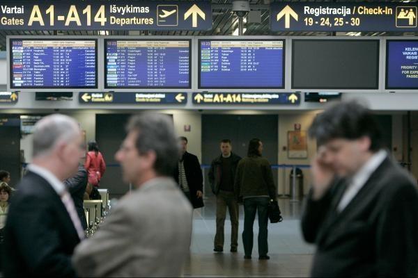 T.Tyleris: baudos už vėluojančius jungiamuosius skrydžius pakenks Lietuvos susisiekimui