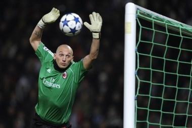 Marselio ir Milano klubai - UEFA Čempionų lygos futbolo turnyro atkrintamosiose varžybose