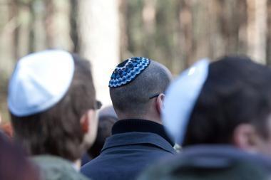 Žydai pasipiktino R.Šimašiaus teiginiais apie lietuvių nekoloboravimą su naciais