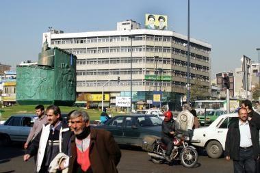 Iranas skelbia paleidęs du mėnesius laikytus tris belgus