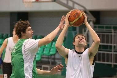 Jaunieji žalgiriečiai suklupo Vilagarsijos turnyro finale