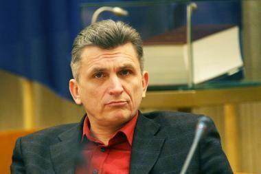Iš žiniasklaidos besitraukiantis V.Valentinavičius taps A.Kubiliaus patarėju