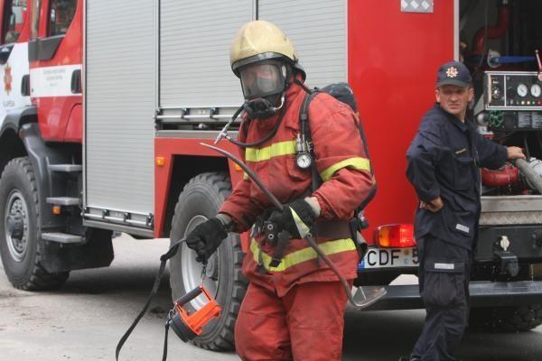 Ukmergėje per gaisrą nukentėjęs vyras gydomas reanimacijoje