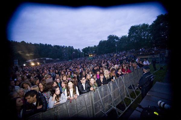 """Vilniuje nugriaudėjo grandiozinis """"Sel"""" koncertas"""