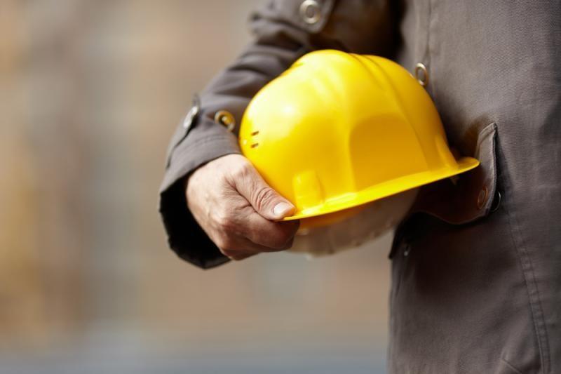 Statybininkai ir autoverslininkai nesutaria dėl verslo liudijimų naudos