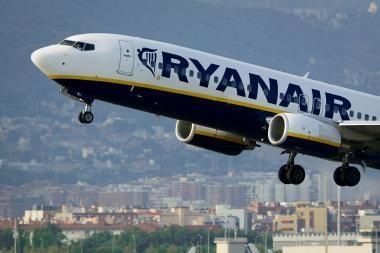 Pigūs skrydžiai braukia lėktuvų bilietų pardavėjų pelnus