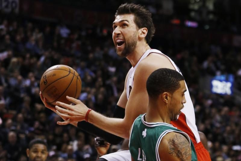 Pinigai paleisti vėjais: 10 NBA žaidėjų, kurie nepateisino vilčių