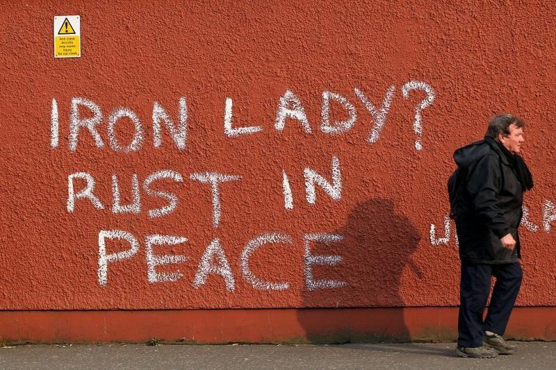 M. Thatcher mirtimi džiaugiasi angliakasiai, kuriuos ji nugalėjo