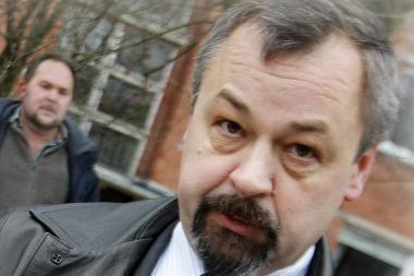 Iš areštinės išėjęs antstolis A.Zenkevičius ilsisi Pietryčių Azijoje
