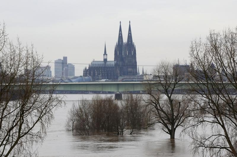 Kelno katedra vis dar dreba nuo metro sukeliamos vibracijos