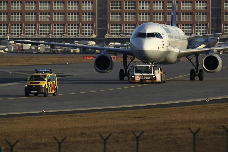 Egipte berniukas išvengė saugumo patikrinimų ir įsėdo į lėktuvą