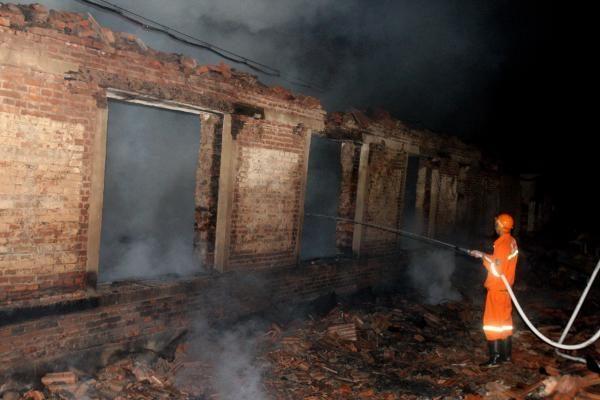 Kinijoje per sprogimą fejerverkų gamykloje žuvo 19 žmonių, 153 sužeisti