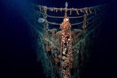 """""""Titaniko"""" nuolaužas naikina bakterijos"""