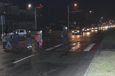 Mažiau apšviestos gatvės sutaupė per 100 tūkst. litų