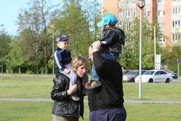 Lietuviai linkę kaupti pinigus vaikų mokslams