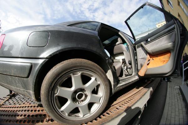 Baltijos šalių pareigūnai sulaikė lietuvių ir latvių automobilių vagių grupuotę