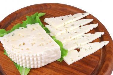Sūrius gaminantys ūkininkai: išgyventi galima