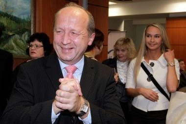 Premjeras prisipažino balsavęs už