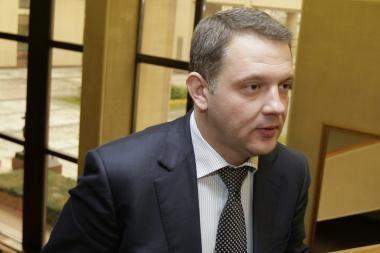 Ministras aiškinsis dėl konkurencijos oro uoste