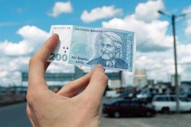 Kredito draudikus įtaria vilkinant žalų mokėjimą