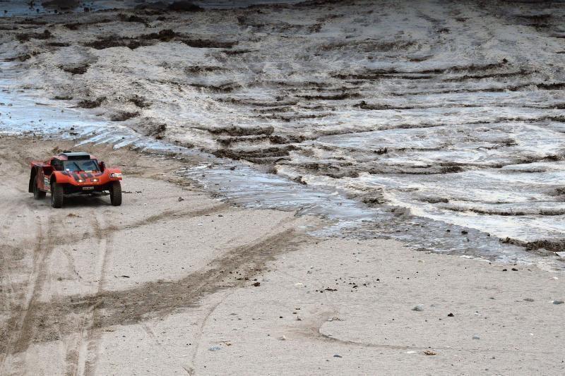 Ilgiausiąjį šių metų Dakaro ralio etapą lietuvių ekipažas baigė 68-as