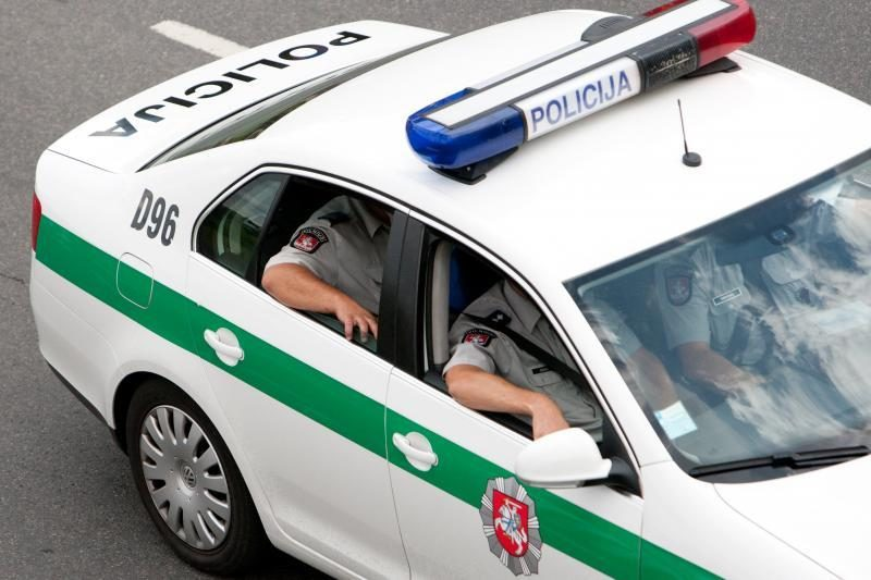 Į policiją kreipėsi galimai pagrobti ir apiplėšti žmonės