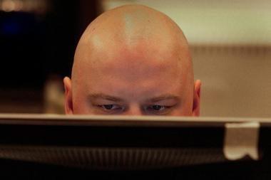 Internete – sukčių lizdas