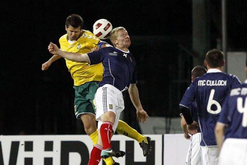 Lietuvos futbolininkai Glazge nusileido škotams