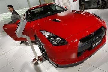 Nissan siūlo GT-R vairavimo pamokas