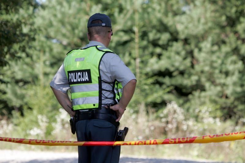 Šiaulių rajone negyvas rastas nužudymu įtariamas vyras