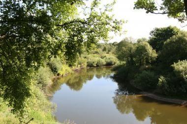 Anykščių r. bandyta pakeisti Nevežos upės vagą