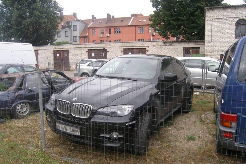 Nidos pasieniečiai sulaikė įtartiną automobilį vairavusį rusą