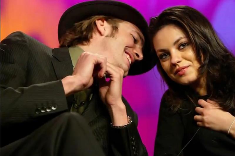 Ashtonas Kutcheris ir Mila Kunis per vakarėlį bučiavosi