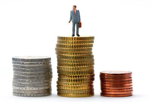 Finansų prižiūrėtojai: Švedijos bankai su nuostoliais susidoros