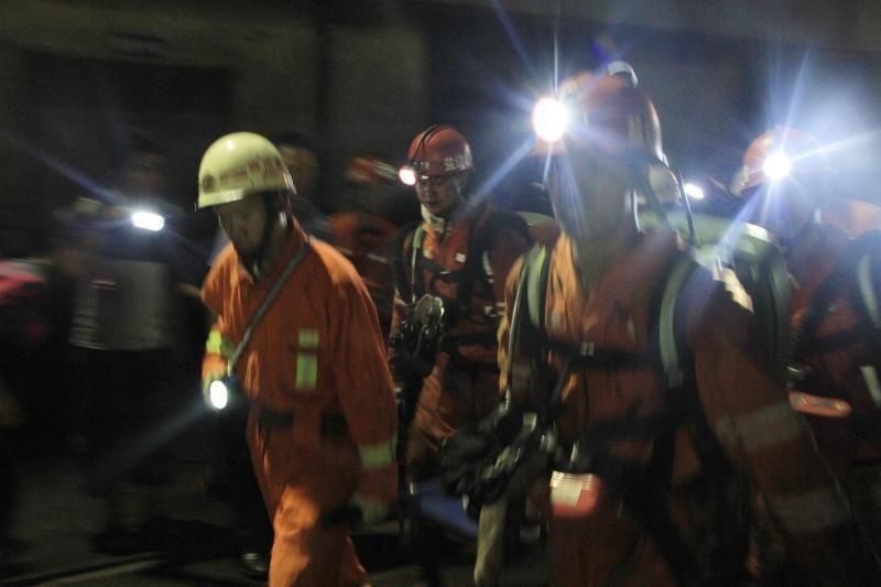 Kinijos anglies kasykloje žuvo 18 darbininkų