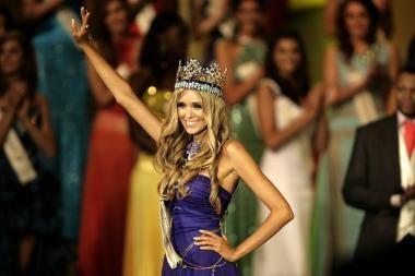 """Titulą """"Mis Pasaulis"""" laimėjo gražuolė iš Rusijos"""