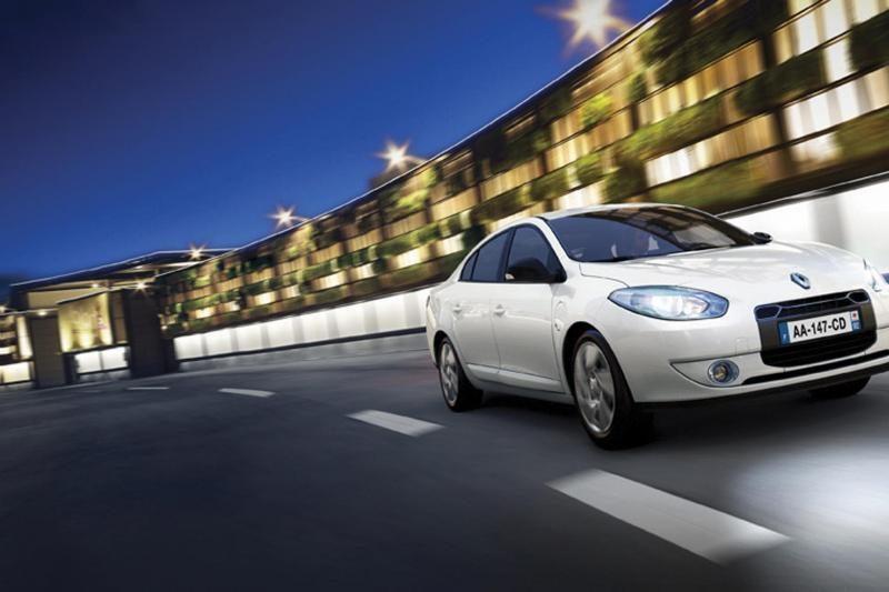 Europoje smunka naujų automobilių pardavimai