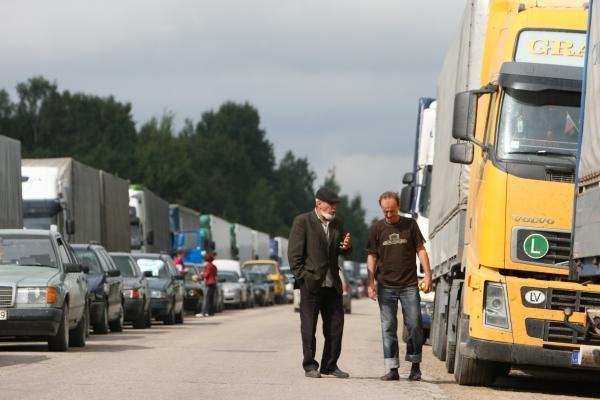Lenkų ir rusų susitarimas Lietuvos vežėjams teikia vilčių