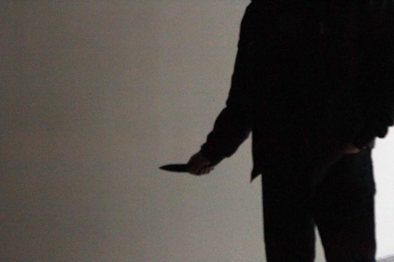 Penkiolikmečiui du plėšikai grasino peiliu