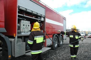 Dėl gaisro sustabdyta asfalto gamyba