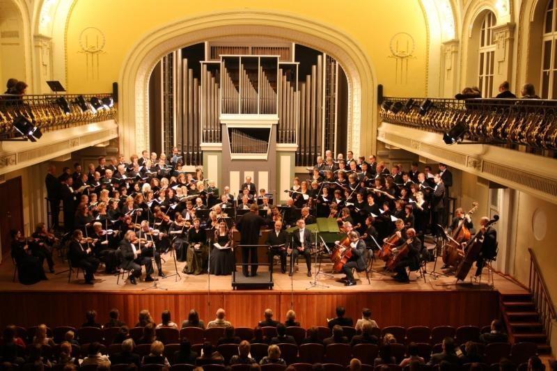 """Koncerte """"Šventoji liturgija"""" pasirodys du valstybiniai chorai"""