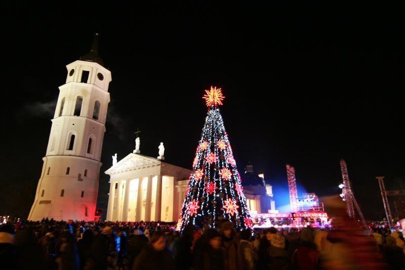 Kalėdinės eglės Lietuvos miestuose sužibs kitą savaitę