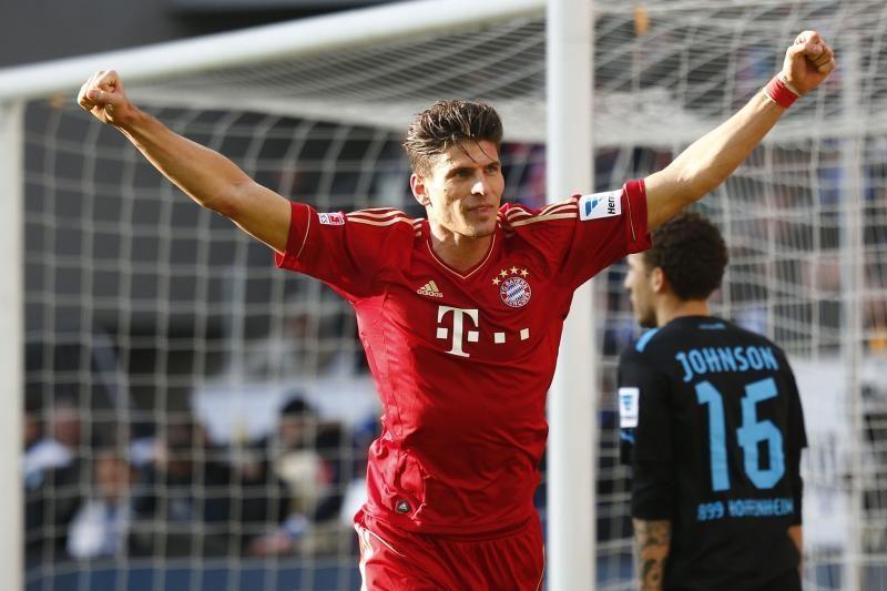 """""""Bundesliga"""": """"Bayern"""" svečiuose palaužė """"Hoffenheim"""" ekipą"""